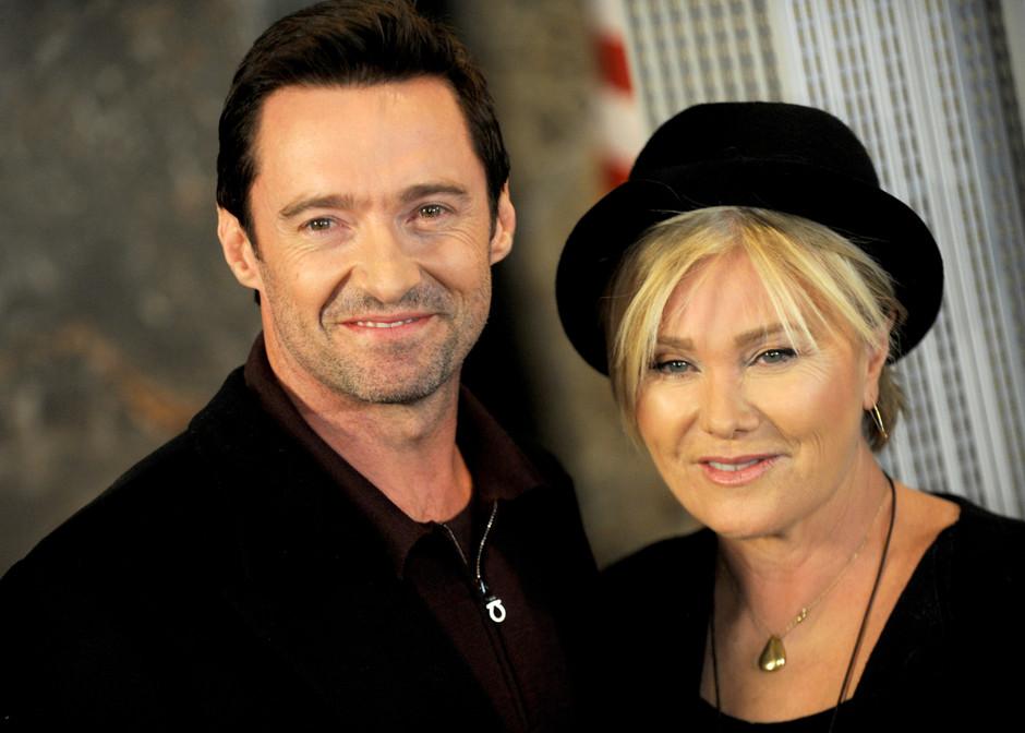 Хью вместе со своей женой Деборрой